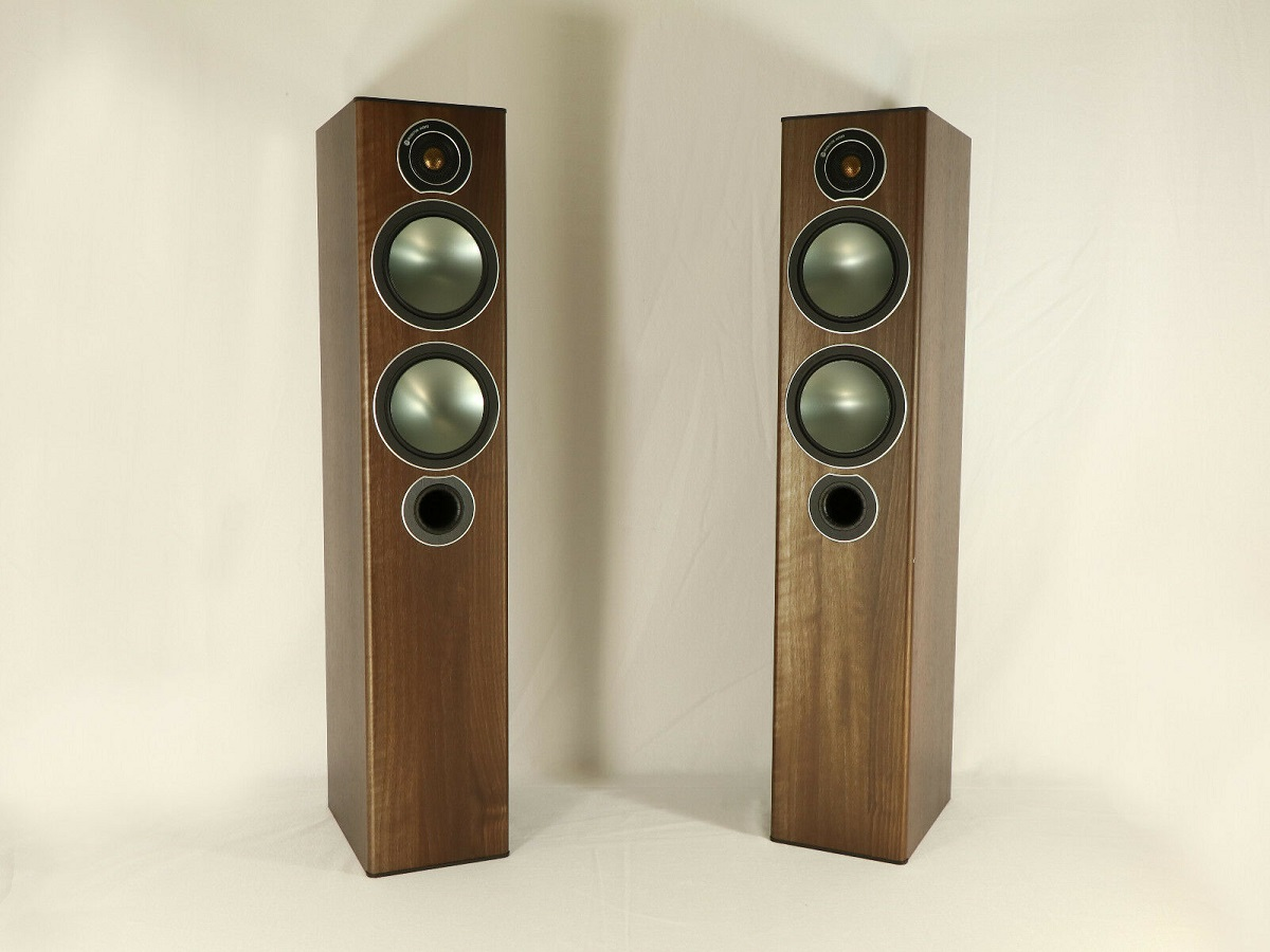 loa Monitor Audio Bronze 5