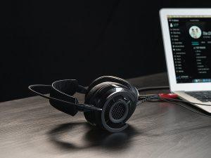 Lựa chọn tai nghe tốt nhất trong phân khúc giá tầm trung