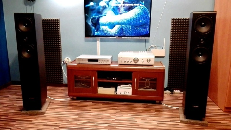 loa pylon audio opal 23