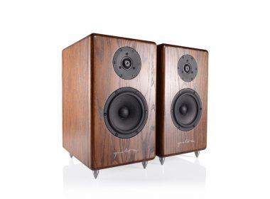 loa Audio Hungary Q40S truoc